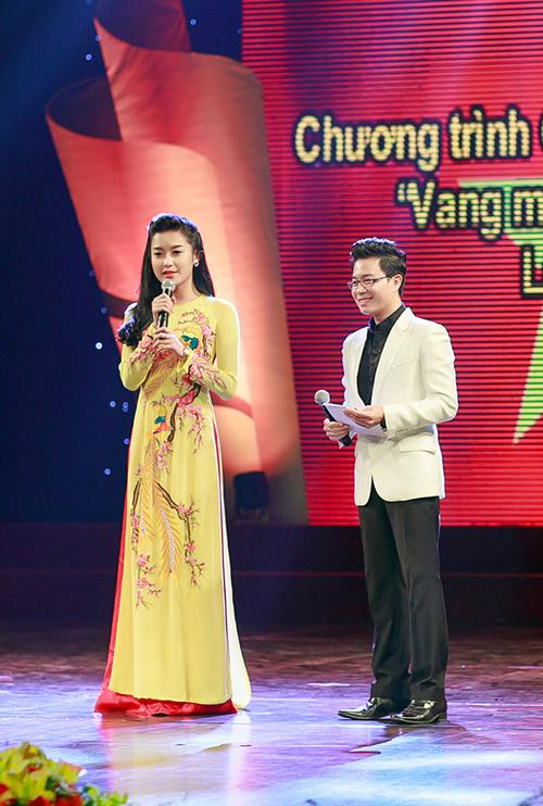 Ngoc-Han-Huyen-My-4-7568-1418607184.jpg