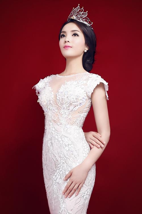 Hoa-hau-Ky-Duyen-4-5922-1418693351.jpg