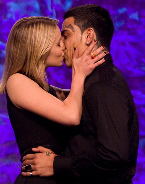 kiss2-8447-1418720939.jpg