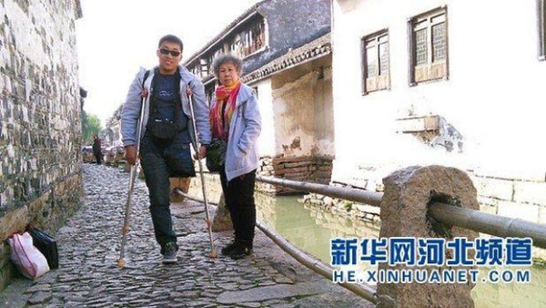 Qiu and his mother began their trip in this past July. They have so far traveled to Tianjin, Liaoning, Jilin, Heilongjiang and Beiji Cun, the north-most county of China.
