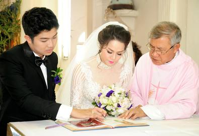 Nghi thức cưới ở nhà thờ tại Việt Nam