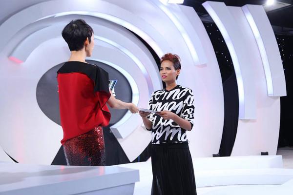 Tiêu Ngọc Linh vươn lên vị trí dẫn đầu với phần thể hiện xuất sắc ở thử thách lần này.