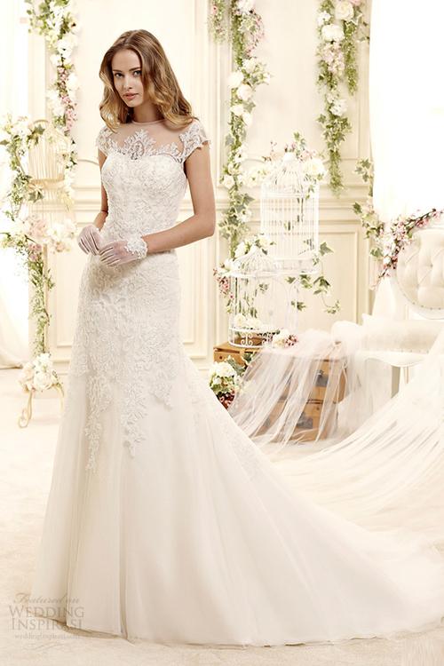 Váy cưới ren thêu, đính hoa cho mùa xuân