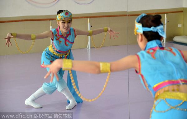 dance8-6054-1419218579.jpg