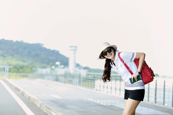 Mai-Phuong-Thuy-4-6923-1419407227.jpg