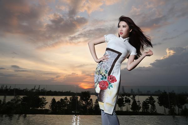 Bằng sự sáng tạo của mình, các nhà thiết kế Việt đã đem đến nét mới mẻ cho tà áo dài truyền thống.
