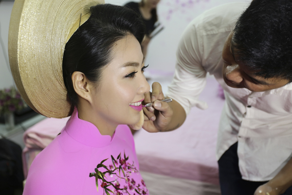 co-dau-le-khanh-rang-ro-voi-make-up-cam-dong-3