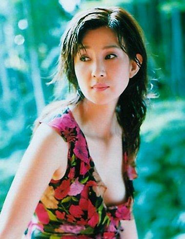 Kumiko-Akiyoshi-4384-1419651677.jpg