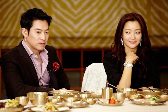 kim-hee-sun-1-1463-1419671052.jpg