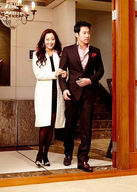 kim-hee-sun-2-9370-1419671052.jpg