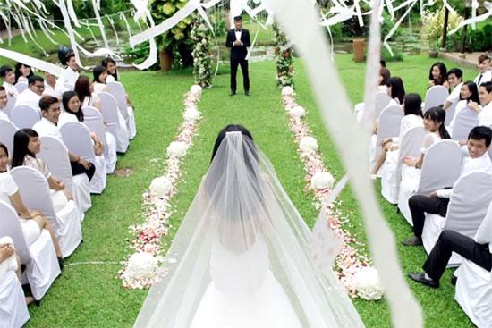 Lý do Công Vinh - Thủy Tiên tổ chức `tiệc cưới trắng`