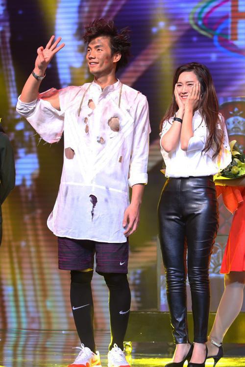 Sau chương trình, cặp nhận được số điểm cao nhất từ giám khảo là Đinh Hương - Nhan Phúc Vinh với 29 điểm.