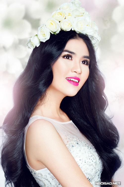 Bộ ảnh được thực hiện với sự hỗ trợ từ: Model: Người đẹp TP HCM 2014 Quỳnh Đăng, Photo: Bảo Lê, Make-up: Anh Vũ, Hair: Giàu Nguyễn, Fashion: Minh Nguyễn.
