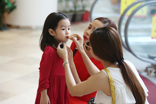 con-gai-luu-huong-giang-3-5229-142001085