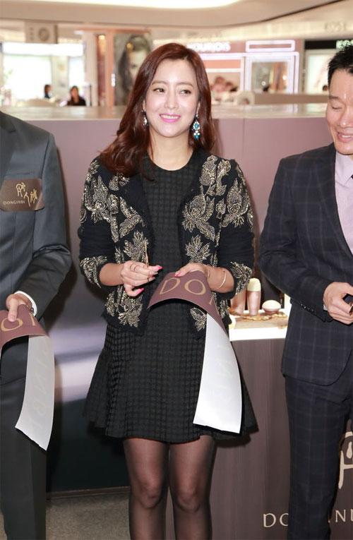 kim-hee-sun-3-6119-1420598241.jpg