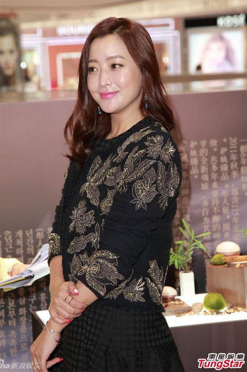 kim-hee-sun-9-5613-1420598241.jpg