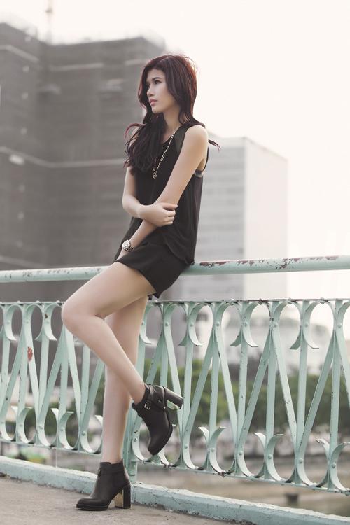 BST Vay Dam hotgirl street style hien dai
