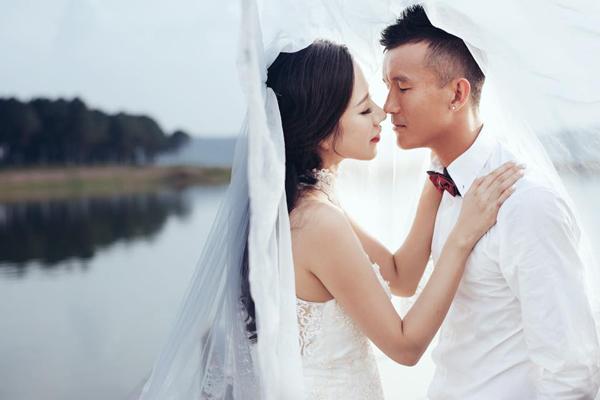 Tiền vệ Mai Tiến Thành mua nhà, cưới vợ
