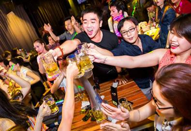 Địa điểm liên hoan cuối năm phong cách trẻ ở Hà Nội