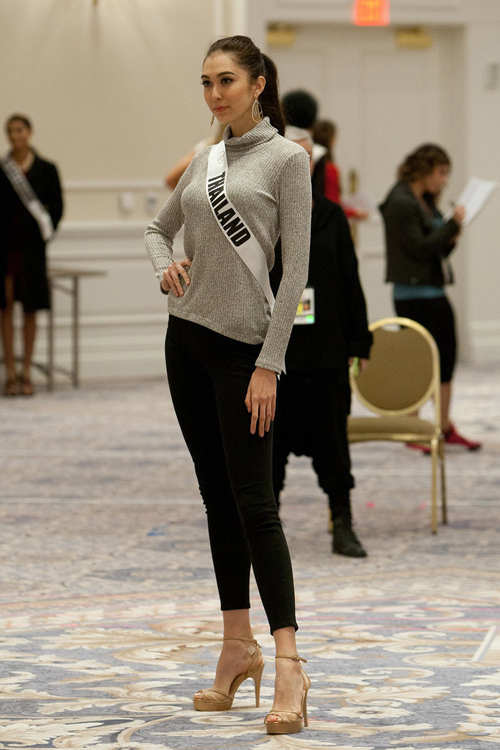 Miss-Thailand-Pimbongkod-Chank-3040-6817