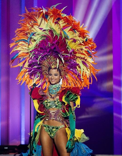 24EF67CF00000578-2921405-Miss-Jamaica-Ka