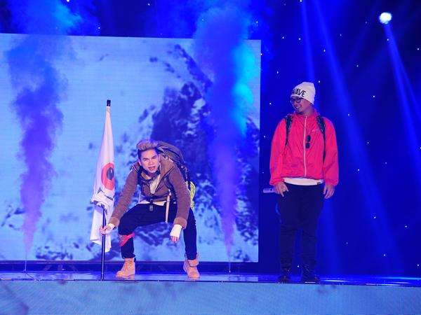 Team PB Nation của Hoàng Tôn và Phúc Bồ thể hiện ca khúc 'Vượt qua'. Lưu Thiên Hương thích tiết mục này ở nét duyên trên sân khấu của hai ca sĩ, không cần nhóm nhảy vẫn tạo ra không khí sôi nổi.
