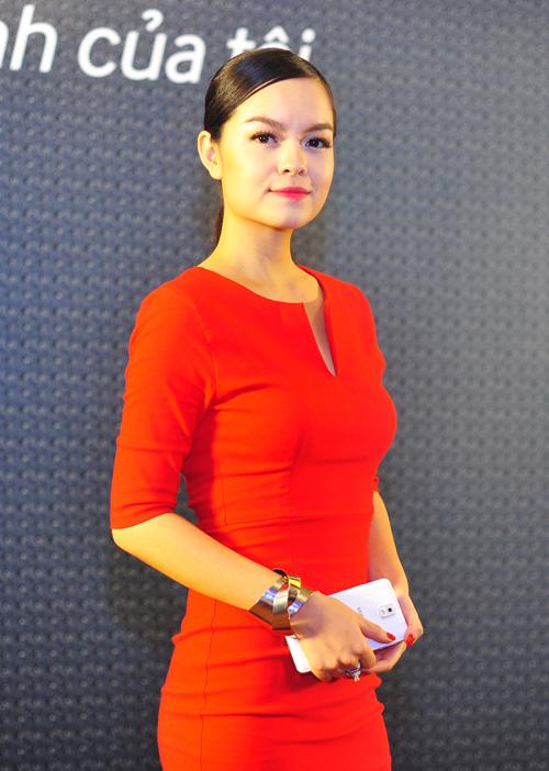 Pham-Quynh-Anh-5041-1422263486.jpg