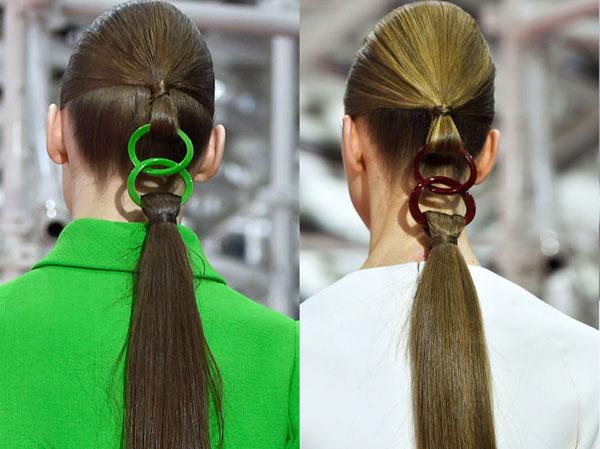 Kiểu tóc đuôi ngựa mắt xích độc và lạ tại show Dior Couture