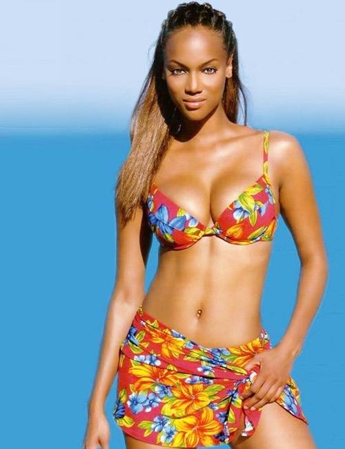 Tyra-Banks-bikini-3706-1422526517.jpg