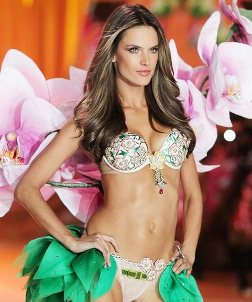 Victoria-s-Secret-2012-Alessan-1356-8304