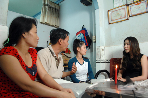 ho-quynh-huong-9-3889-1422594090.jpg