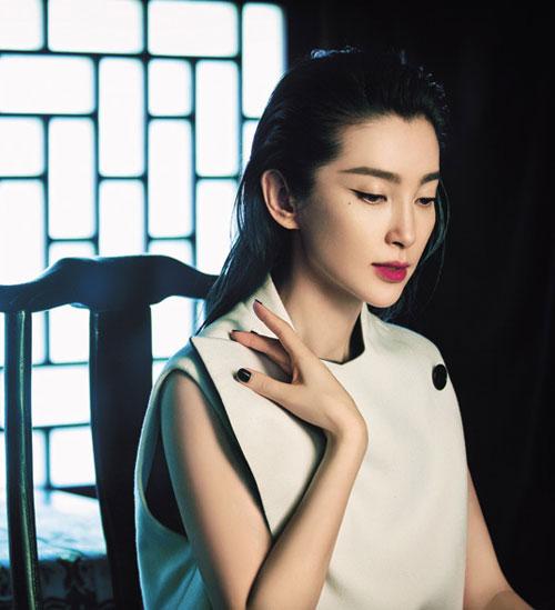 Điểm danh những Mỹ nhân châu Á trang điểm đẹp tuần qua
