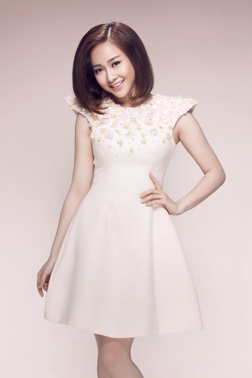Váy xoè thanh lịch được thiết kế trên những tông màu pastel sẽ giúp ngày xuân của các bạn gái thêm phần dịu dàng hơn.