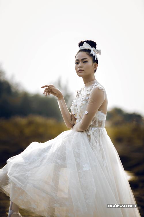 Mau-Thanh-Thuy2-4580-1423189372.jpg
