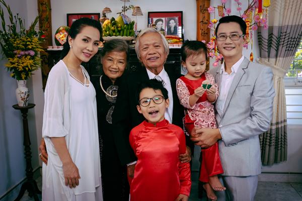 gia-dinh-Hoang-Bach-12-3524-1423451358.j