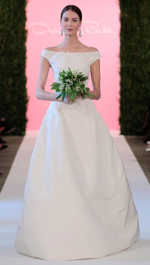 Váy cưới đơn giản nhưng ý nghĩa của Ngân Khánh