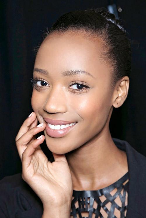 Makeup-10-3912-1423648132.jpg