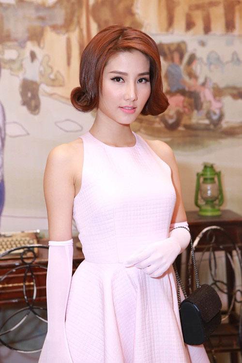 Những kiểu tóc cổ điển tôn lên vẻ đẹp sang trọng của sao Việt