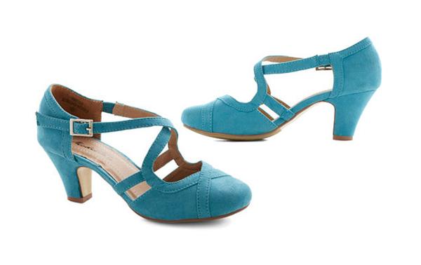 BlueWeddingShoes-11-7537-1423715119.jpg