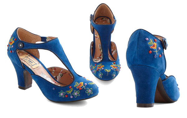 BlueWeddingShoes-12-2710-1423715119.jpg