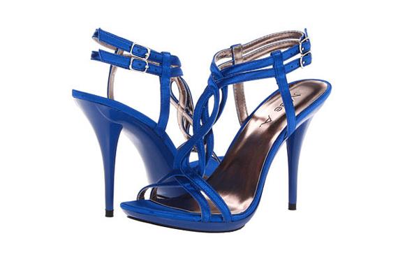 BlueWeddingShoes-5-7897-1423715119.jpg