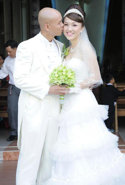 Vương miện ngày cưới đa dạng của sao Việt