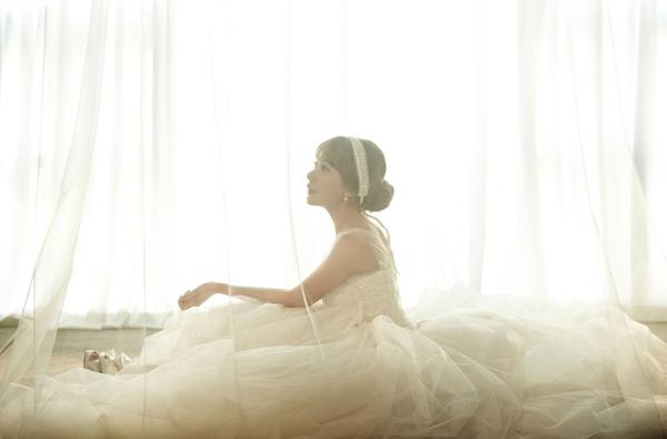 Tạo hình đa dạng trong ảnh cưới Hàn Quốc