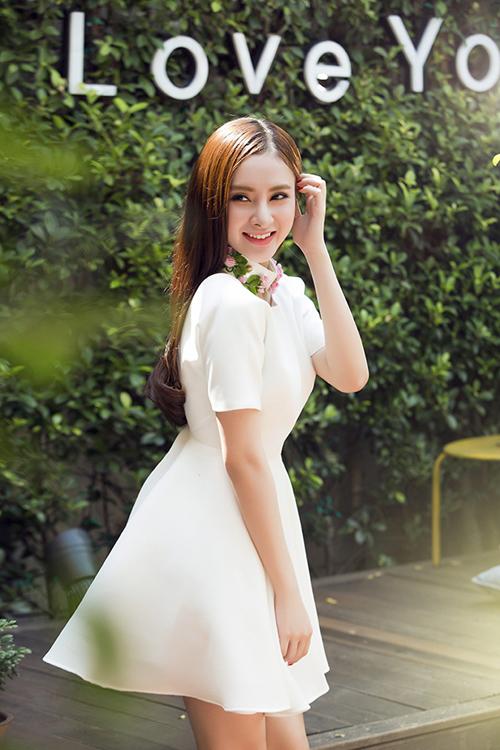 phuong-trinh-10-9296-1423791696.jpg