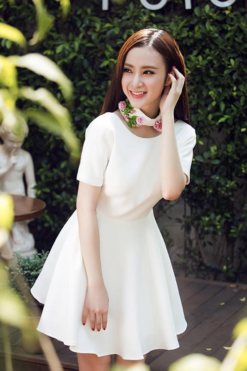 phuong-trinh-9-2611-1423791696.jpg