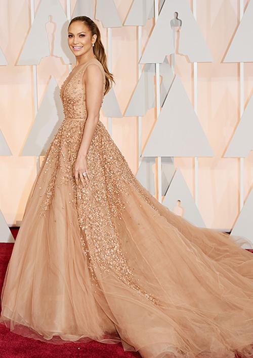 Gợi ý váy cưới từ phong cách của sao dự Oscar