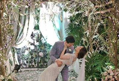 Đám cưới sân vườn lung linh của người đẹp Philippines