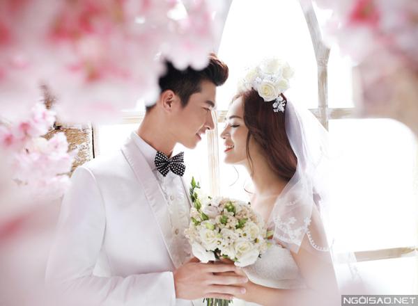 Cặp đôi Võ Nam - Thúy Nga tình tứ chụp ảnh cưới