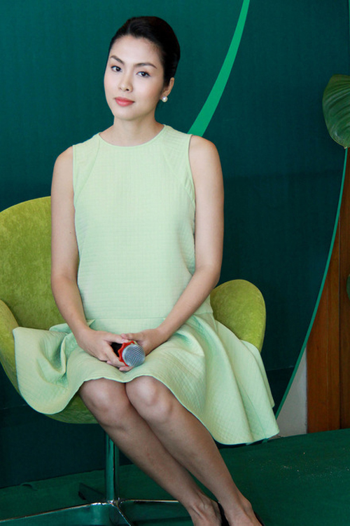 Lựa chọn trang phục bà bầu sành điệu như Tăng Thanh Hà 7