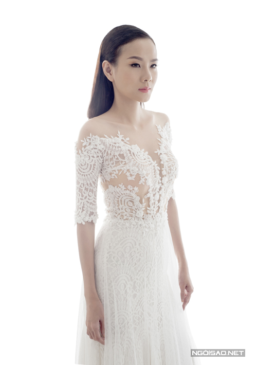 Dương Yến Ngọc `phiêu` cùng váy cưới ren